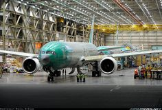 Boeing 777-3U3/ER aircraft picture