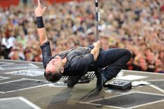 bruce springsteen doing this at 60 + .not too bad for an old guy
