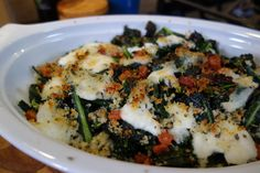 Kale and Mozzarella gratin anyone? I have yet to make this completely satisfying side where everyone doesn't ask for more. The little bacon and toasted bread crumbs on top are a little indulgent but so delicious . Sauteed Kale, Tv Chefs, Skillet Cooking, Smoked Bacon, Palak Paneer, Food Photo, Mozzarella, Low Carb Recipes, Great Recipes
