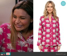 Mindy's pink lotus flower print pajamas on The Mindy Project.  Outfit Details: https://wornontv.net/62096/ #TheMindyProject