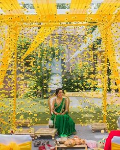 Lockdown Weddings That Gave Us 8 Major Budget Décor Ideas for Indian Weddings - Witty Vows Intimate Wedding Ceremony, Wedding Entrance, Wedding Mandap, Small Intimate Wedding, Haldi Ceremony, Indian Wedding Gifts, Indian Wedding Theme, Indian Theme, Indian Weddings