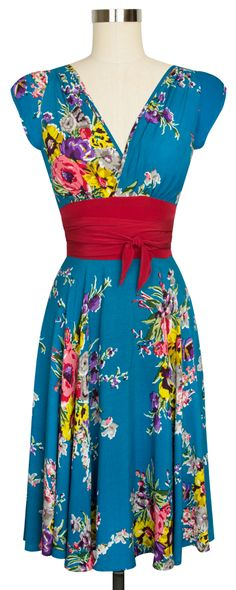 The Trashy Diva Sandy Dress is oh so flattering in Turquoise Floral!