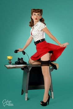 modern pin up girls | Modern Girls In Vintage Pin-up Poses | Sad Man's Tongue Rockabilly Bar ...