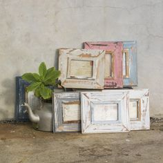 Gugu Rustic Picture Frames || These handcrafted A6 picture frames are made from reclaimed and recycled wood in South Africa. These frames are very rare and would make a statement on any wall. Each reclaimed wood frame is unique, individual and beautiful in their own right.