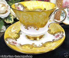 PARAGON TEA CUP AND SAUCER YELLOW & FLORAL BEAUTY PATTERN CUP & SAUCER TEACUP