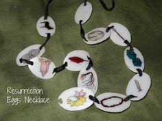 Resurrection Eggs necklace--try on heavy card stock instead of shrinky dinks? Easter Craft Activities, Easter Egg Crafts, Catholic Crafts, Church Crafts, Resurrection Eggs, Easter Story, Sunday School Crafts, Bible Crafts, Bible Lessons