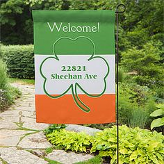 What a fun way to show your Irish Pride on St. Patrick's Day! This is a garden flag and stand and it's on sale now for only $20.95! The flag is removable and you can personalize other designs to swap out throughout the whole year!
