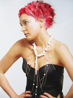 Sculptural jewellery for ladies who dare to be different The Ordinary, Tiffany, Necklaces, Sculpture, Jewels, Jewellery, Lady, People, Inspiration