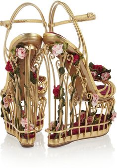 These Dolce&Gabbana Metallic Gold Dolce & Gabbana Rose Embellished Leather Floral Cage Wedges Size EU 37 (Approx. US Regular (M, B) are a top 10 member favorite on Tradesy. Dr Shoes, Crazy Shoes, Cute Shoes, Me Too Shoes, Shoes Heels, Weird Shoes, Caged Sandals, Wedge Sandals, Leather Sandals