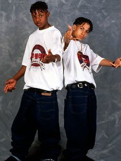 Kris kross old school music в 2019 г. 2000s Fashion, Hip Hop Fashion, Urban Fashion, Fashion Outfits, Fashion Men, Chica Punk, Kris Kross, Ropa Hip Hop, Estilo Hip Hop