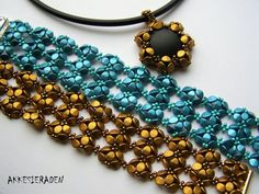 You will receive an 8 pages pdf file with easy to follow, step by step English instructions on how to make this bracelet and pendant. The pattern of the bracelet was in the 2016 Oct/Nov issue of Beadwork magazine. The matching pendant is new The bracelet is made with: Pich beads and