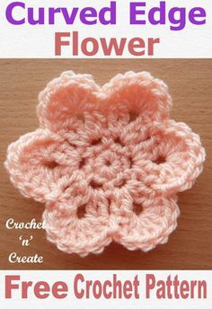 A free crochet pattern for a pretty curved edge flower get this crochet motif on Its an easy pattern to crochet so also good for beginners Crochet Flower Hat, Crochet Flower Tutorial, Crochet Leaves, Crochet Motifs, Crochet Stitches, Crochet Patterns, Crochet Roses, Crochet Birds, Crochet Stars