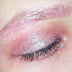 #pink sugar glitter! Make sure you're stocked up on glitters from The Makeup Club