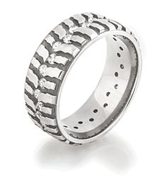 Bogger Ring with Diamonds, Mud Bogger Rings - Titanium-Buzz.com WANT!!!