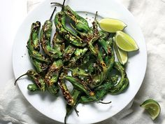 Food & Wine's Charred Shishito Peppers with Furikake are the perfect finger food. Wine Recipes, Asian Recipes, Cooking Recipes, Pepper Recipes, Ethnic Recipes, Vegetarian Recipes, Asian Foods, Vegan Meals, Vegetable Recipes