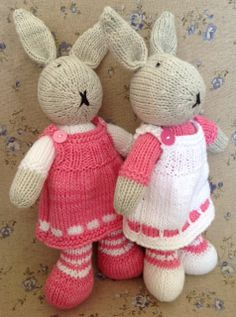 Girl bunnies in bright pink and white Knitted Bunnies, Bunny Rabbits, Crocheting Patterns, Knit Patterns, Polymer Clay Fairy, Little Cotton Rabbits, Clay Fairies, Rabbit Toys, Friend Outfits