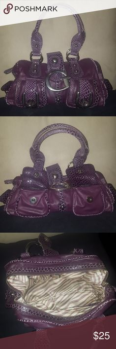 SALE!!! Guess bag Good/Fair condition Guess bag one of a kind! Purple with Faux snakeskin. Great everyday purse. One of my favs! Guess Bags Shoulder Bags