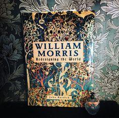 William Morris desiger book