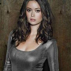 Summer Glau, Sexy, Daenerys Targaryen, Tops, Women, Fictional Characters, Fashion, Moda, Fashion Styles