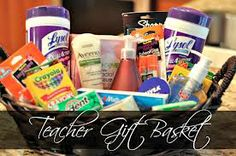 Teacher Gift Ideas On A Budget - FTM Teacher Gift Basket.teacher gift ideas on a budget Teacher Gift Baskets, Teacher Christmas Gifts, New Teacher Gifts, Student Gifts, Holiday Gifts, Christmas Decor, Christmas Baskets, Teacher Appreciation Week, School Gifts
