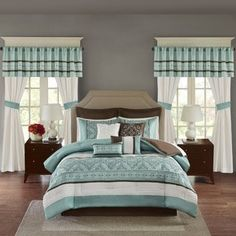 45ccf694a8c Madison Park Essentials Katarina Seafoam 24-piece Room In A Bag with Window  Panel and Sheet Set