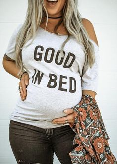 Pregnancy Tips For First Time Moms Product Casual Maternity, Maternity Fashion, Maternity Outfits, Pregnancy Fashion, Funny Maternity Clothes, Maternity Shirts, Maternity Clothing, Vogue Kids, Baby Kicking