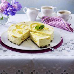 Knusper-Schoko-Torte mit Pfirsichcreme Rezept