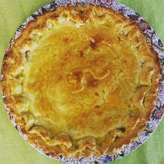 Torta de Aniversário (Massa de Iogurte, Camarão, Cogumelo e Requeijão ). #pie #shrimppie #mybirthday 🍤🍤🍤 @donamanteiga #donamanteiga #danusapenna #amanteigadas #gastronomia #food #dessert #pie www.donamanteiga.com.br