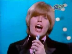 """Herman's Hermits - """"There's a Kind of Hush (Live).....great memories!!"""