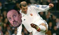 Tak francuz potraktował trenera Królewskich • Zinedine Zidane wykopał Rafaela Beniteza z Realu Madryt • Wejdź i zobacz śmieszny mem >> #zidane #benitez #memes #real #realmadrid #football #soccer #sports #pilkanozna