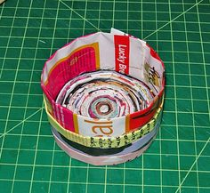 Bottom Inside by Abstract Octopus Attack, via Flickr. DYI MAGAZINE BOXES