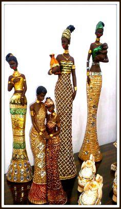 Africanas African Figurines, African American Figurines, Black Figurines, Paper Mache Sculpture, Sculpture Art, African Art Paintings, African Dolls, Plaster Art, African Sculptures