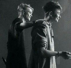 Ahww Leo and Charlie Let You Go, Baby Bar, Bars And Melody, I Love Him, Cute Pictures, Hot Guys, Leo, First Love, Celebs