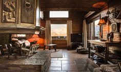Chalet Hermine is a luxury ski chalet in Courchevel 1850 exclusively run by Kaluma Ski. A traditional 6 bedroom chalet with hot tub. Courchevel 1850, Jacuzzi Hot Tub, Ski Chalet, Open Fires, Cosy, Terrace, Skiing, Master Bedroom, Sleep