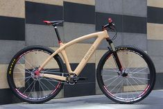 Stunning wooden I wonder if they do road bikes too. Not just for looking at either, it's for riding. Wooden Bicycle, Wood Bike, Hardtail Mountain Bike, Mountain Biking, Cool Bicycles, Vintage Bicycles, Bmx, Single Speed Mountain Bike, Montain Bike
