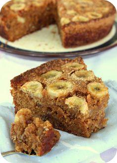 Banana pecan cake