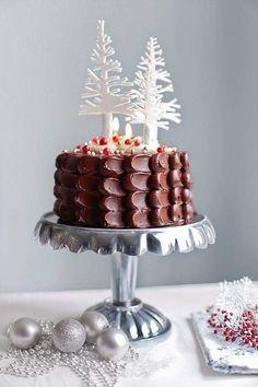 Chocolate Christmas Cake, Chocolate Navidad, Christmas Sweets, Christmas Baking, Christmas Cookies, Tarta Chocolate, Chocolate Ganache, White Chocolate, Christmas Cake Decorations