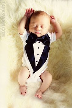 baby tuxedo tee... yes please