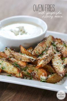 Oven Chips with Gorgonzola Dipping Sauce