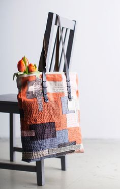 Dianne Gilmore's media content and analytics Sashiko Embroidery, Japanese Embroidery, Sewing Crafts, Sewing Projects, Boro Stitching, Visible Mending, Quilted Bag, Fabric Bags, Handmade Bags