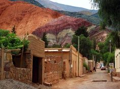 Jujuy. Purmamarca Backpacking South America, South America Travel, San Salvador, Largest Countries, Countries Of The World, Mendoza, Southern Cone, Vacation Spots, Beautiful Landscapes