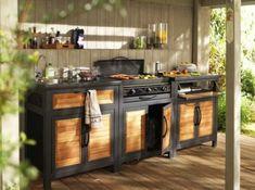 Le barbecue peut se transformer en véritable cuisine d'extérieur. Pour passer du temps entre amis, ou juste partager un repas autour de la piscine en tête à tête, laissez ce qui n'était réservé que pour la maison prendre place en extérieur ...