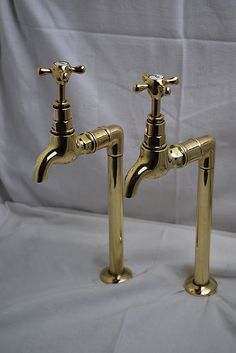 BRASS TAPS TALL KITCHEN TAPS RECLAIMED FOR A BELFAST SINK EXCELLENT READY TO FIT