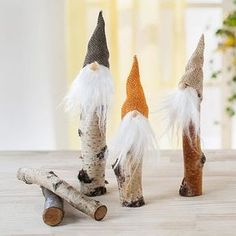 Bastelanleitung - fall feather trumpet - craft shop butt - Drawing Still 2020 Christmas Gnome, Primitive Christmas, Diy Christmas Ornaments, Christmas Projects, Handmade Christmas, Christmas Holidays, Christmas Decorations, Diy Crafts To Do, Holiday Crafts