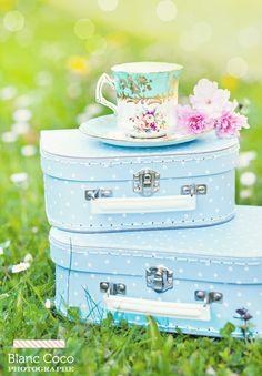 Tea time ! #cup #tea #vintage  http://www.blanccoco-photographe.com/blog/2012/05/02/tea-time/