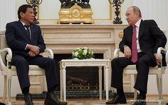 : President Rodrigo Duterte had a last-minute meeting with Russian President Vladimir Putin in Moscow Kremlin late evening of May Tuesday, hours before his emergency flight back to the Philippines. President Of The Philippines, Moscow Kremlin, Late Evening, Rodrigo Duterte, Mindanao, Philippine News, War On Drugs, Greatest Presidents, Vladimir Putin