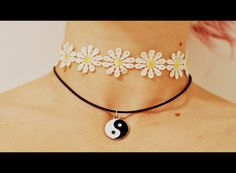 Pay no attention to the flower chocker it's the ying and yang choker I want<333