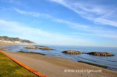 Sitges Beach by Sitges - Imágenes de Sitges, via Flickr Sitges, Barcelona, Explore, Water, Outdoor, Places To Visit, Gripe Water, Outdoors, Barcelona Spain