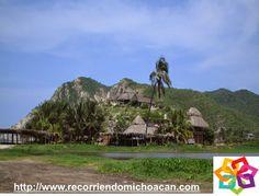 MICHOACÁN MÁGICO te habla de la playa mas famosa de la zona: Playa Maruata, aquí  la vista es paradisiaca, con hermosos atardeceres y la fresca brisa hacen de este lugar uno de los rincones mas lindos de Michoacán. HOTEL VILLAMONTAÑA http://www.villamontana.com.mx/