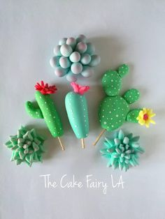This listing is a package of 12 assorted edible fondant cactus & succulents (each approximately diameter / height). You'll get 6 designs for each package, with each design repeated twice. Fondant Cupcakes, Cupcake Cakes, Cactus Cake, Cactus Cactus, Succulent Cupcakes, Flowers For Mom, Cactus Y Suculentas, Mothers Day Crafts, Savoury Cake